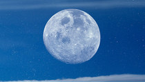 'Once In A Blue Moon' -- Rare Blue Moon Is Happening!!!